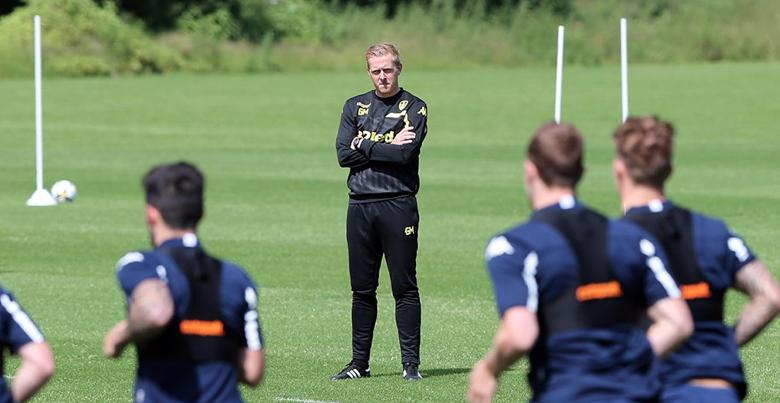 Monk Leeds Trainning Coach