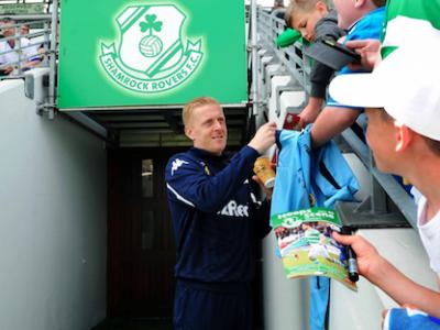 Monk Ireland Leeds Coach