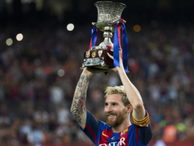 Messi Supercopa Trophy Argentina Barcelona Football