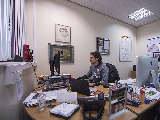 The Daily Mail offers an in-depth insight into a day in the life of Aitor Karanka