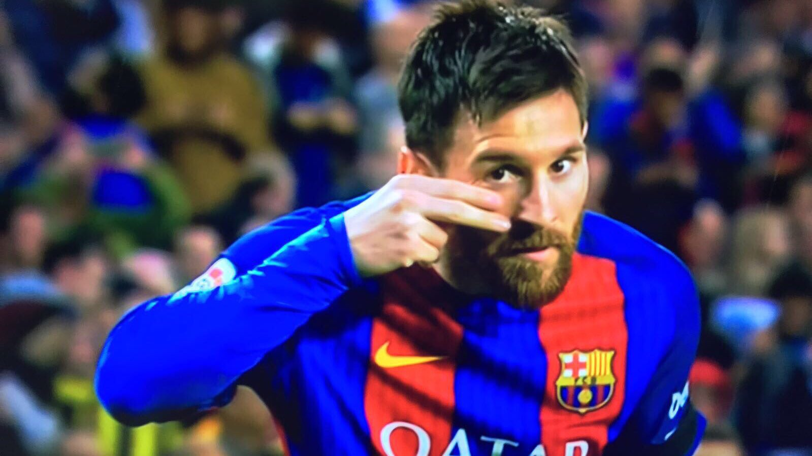 Messi dedicated his first goal against Seville to the fight against childhood cancer
