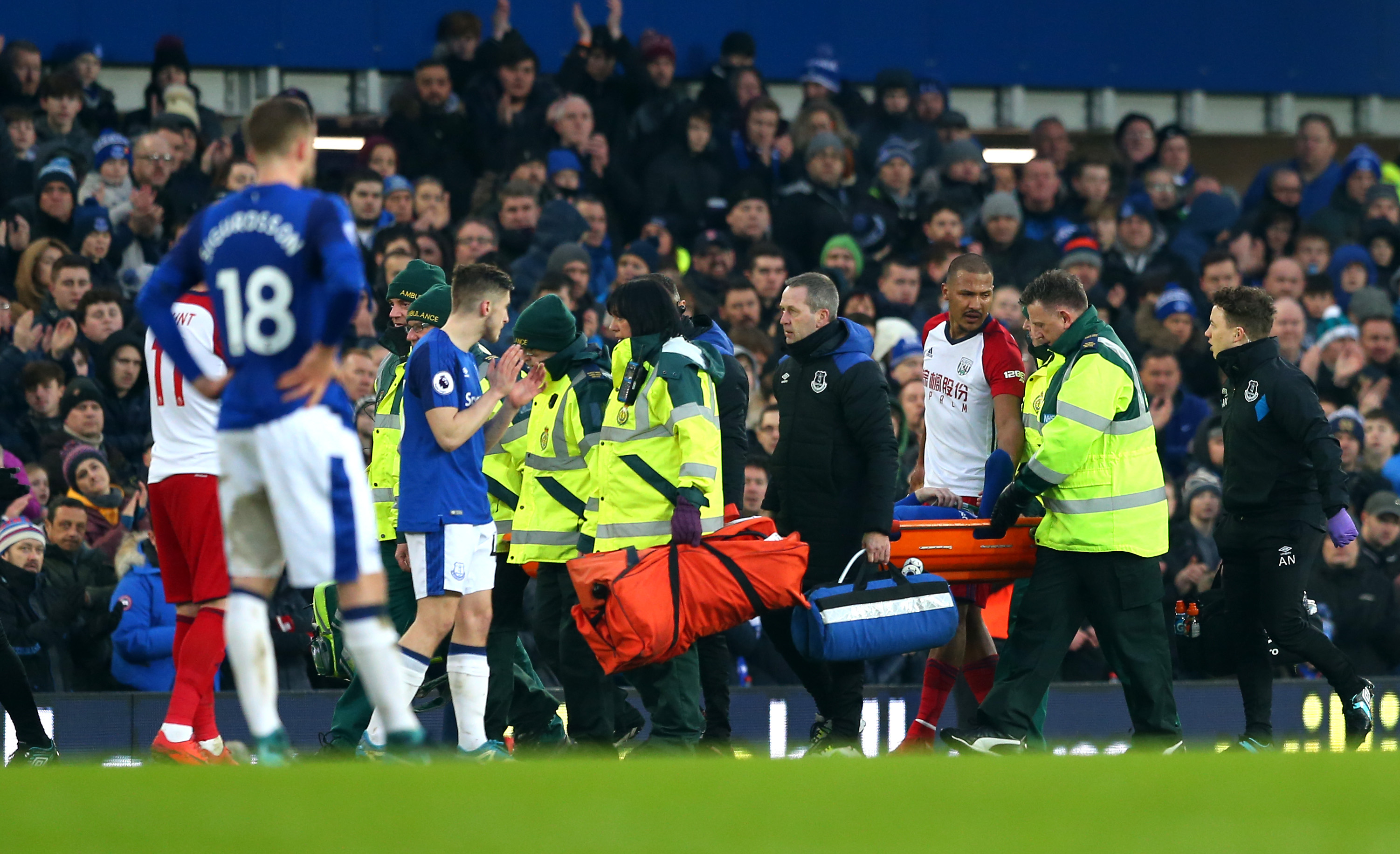 Rondon's classy gesture following injury to James McCarthy