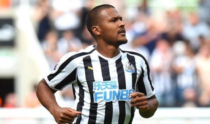 Salomón Rondón estrena su cuenta goleadora en el Newcastle