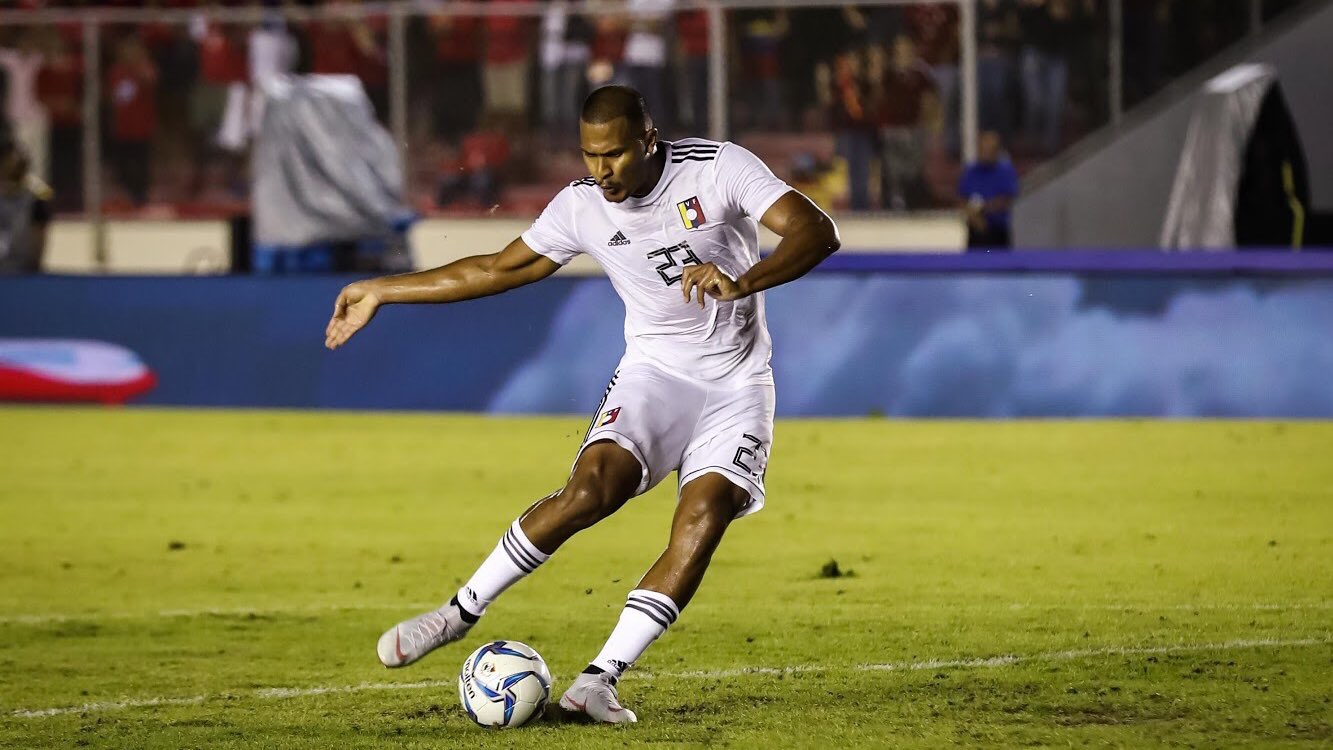 Rondón brace hands Venezuela victory over Panama