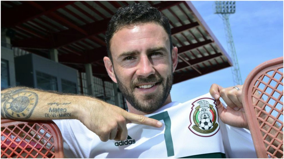 Miguel Layún donates Café 19 products to Sinaloa flood victims