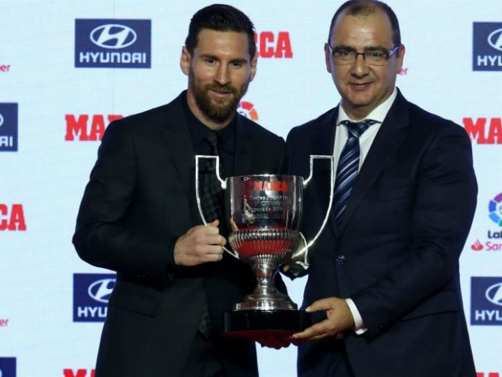 Leo Messi recibe el Trofeo Pichichi y el Premio Alfredo di Stéfano