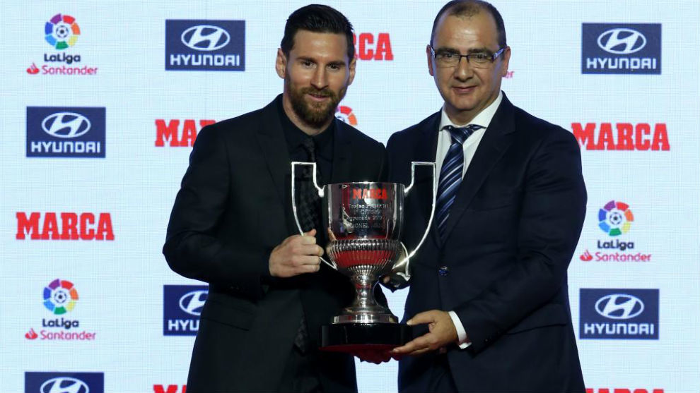 Leo Messi receives Pichichi & Di Stéfano awards