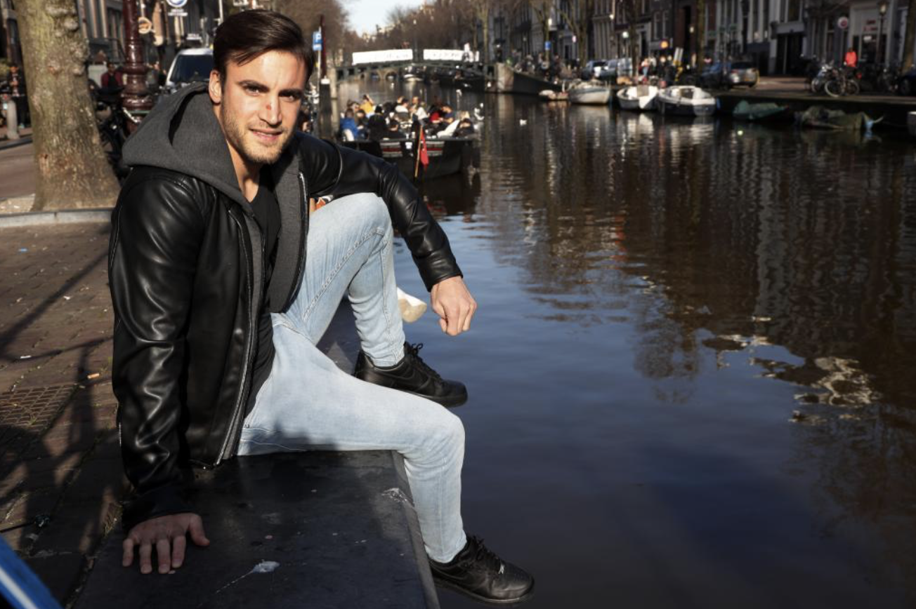 """MARCA pays Nico Tagliafico Amsterdam visit: """"Ajax will be brave and face Real Madrid man-to-man"""""""