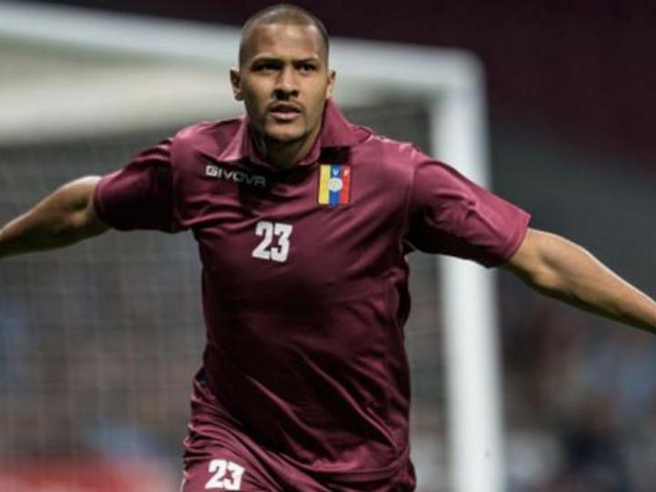 Salomón Rondón destaca de nuevo con la Vinotinto gracias a un brillante gol frente a Argentina