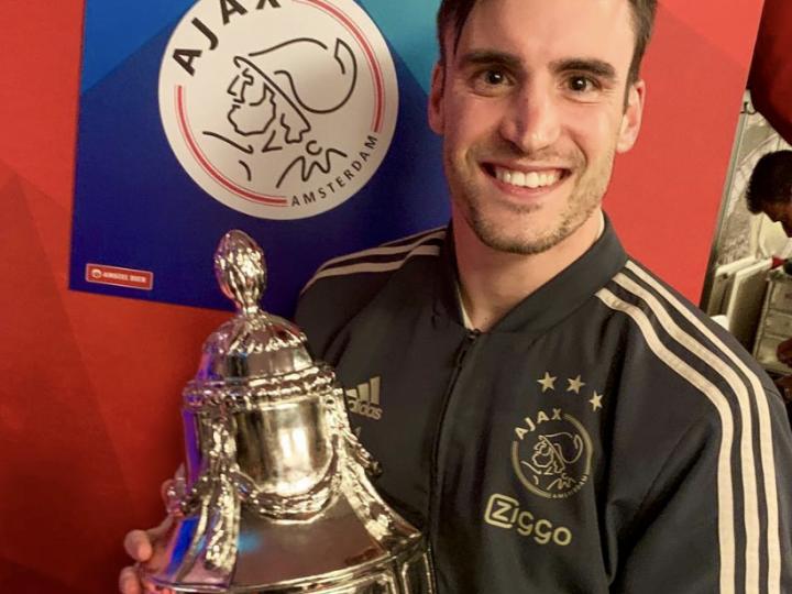 Nico Tagliafico hace historia al ganar su primer título con el Ajax, la Copa de Holanda