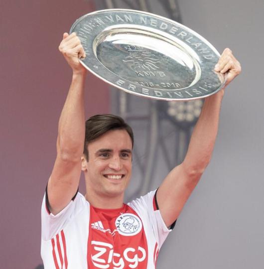 Nico Tagliafico conquista la Eredivisie y logra así un espectacular doblete con el Ajax