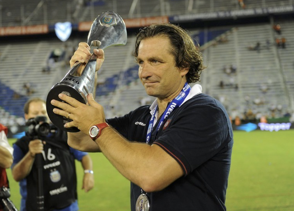 """There's a very interesting project here"", Juan Antonio Pizzi returns to San Lorenzo, where he delivered title success"