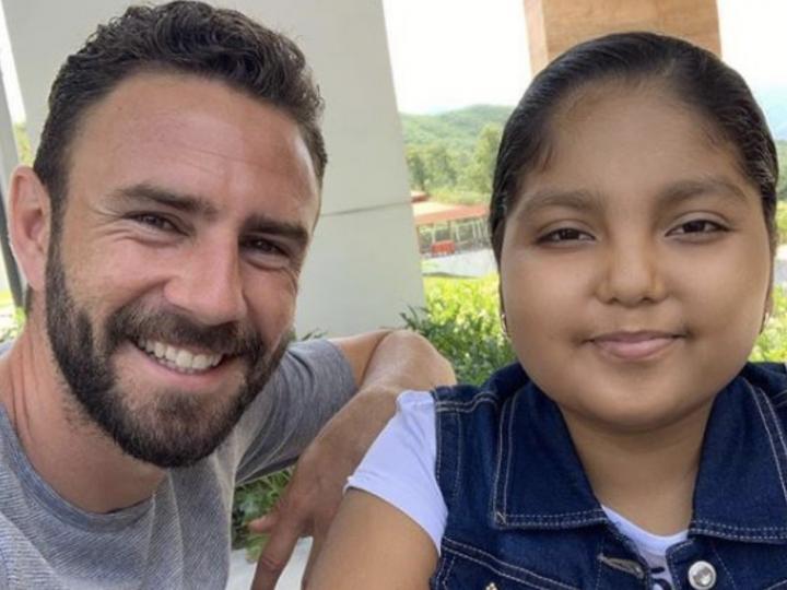 El ejemplo de superación de Miguel Layún sirve a una niña enferma de cáncer para seguir luchando