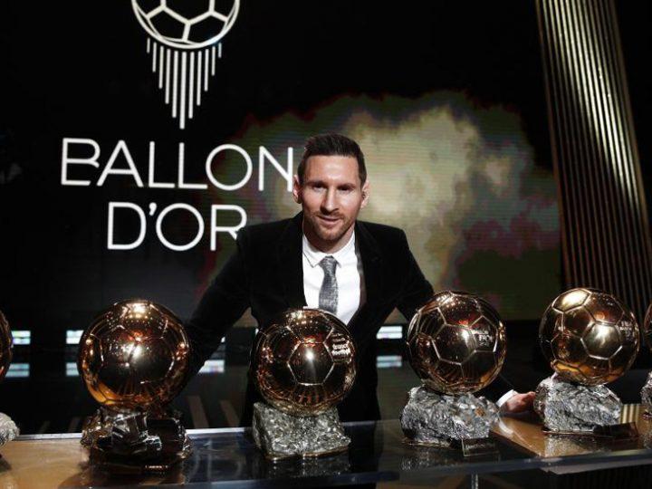 Leo Messi recibe en París su sexto Balón de Oro y se convierte en el futbolista que más veces lo ha ganado nunca
